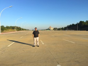 10 lanes and no cars in Naypyidaw ©
